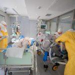 El Hospital Clinic realiza un simulacro para prepararse contra los posibles casos de ébola